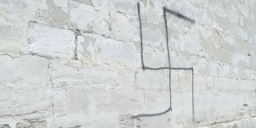 chisinau jewish cemetery vandalism swastika