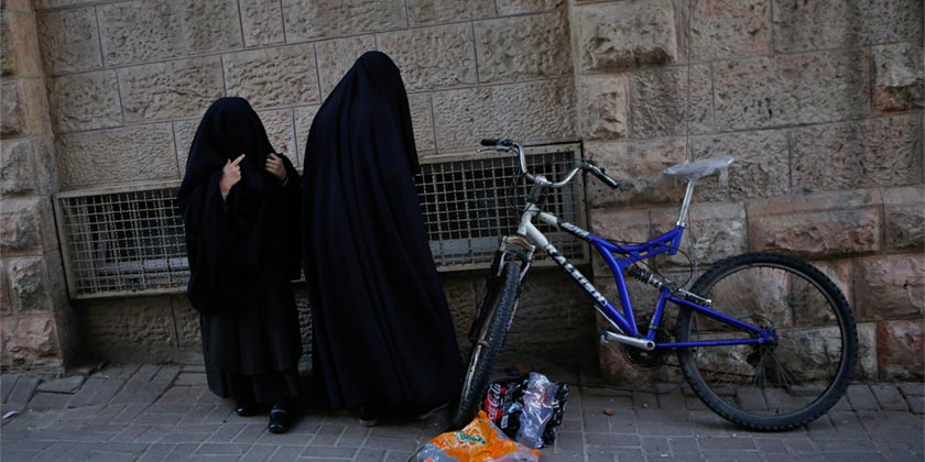 383069_Religious_Mea_Shearim_Jerusalem_Gil_Cohen_Magen