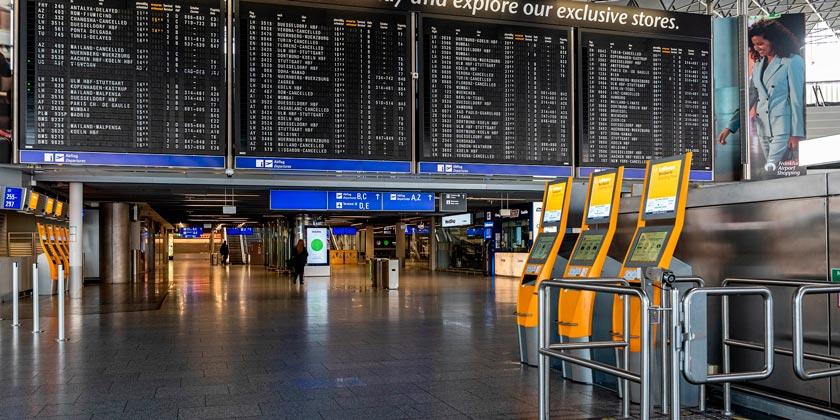 corona-airport-pixabay