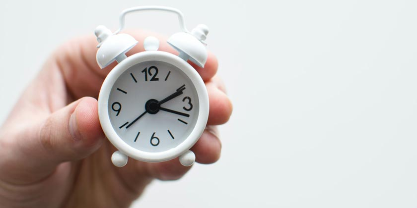 lukas-blazek-clock-unsplash