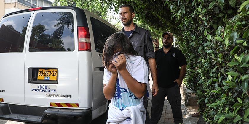 497812_Deportation_Filippina_Girl_Meged_Gozani