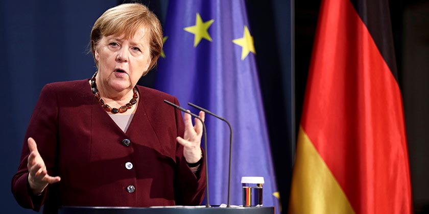 Angela_Merkel_Hannibal Hanschke Pool via AP