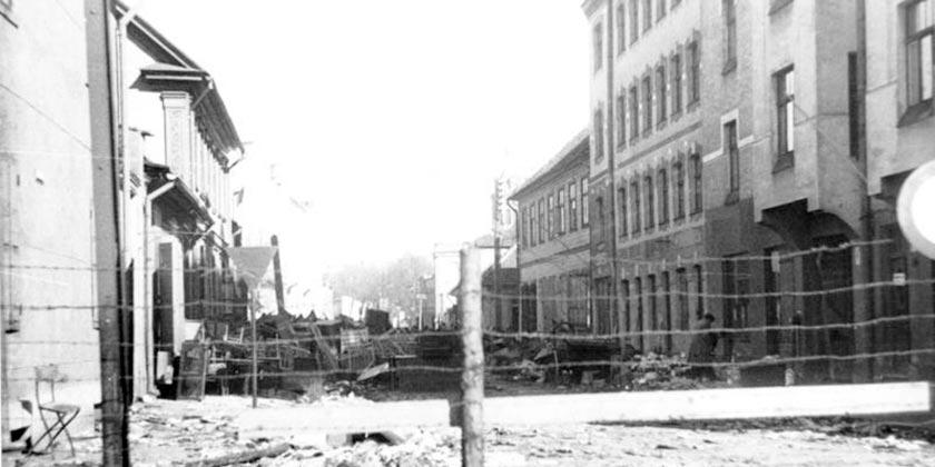 Bundesarchiv_Bild_183-N1212-326_Riga_Judenghetto