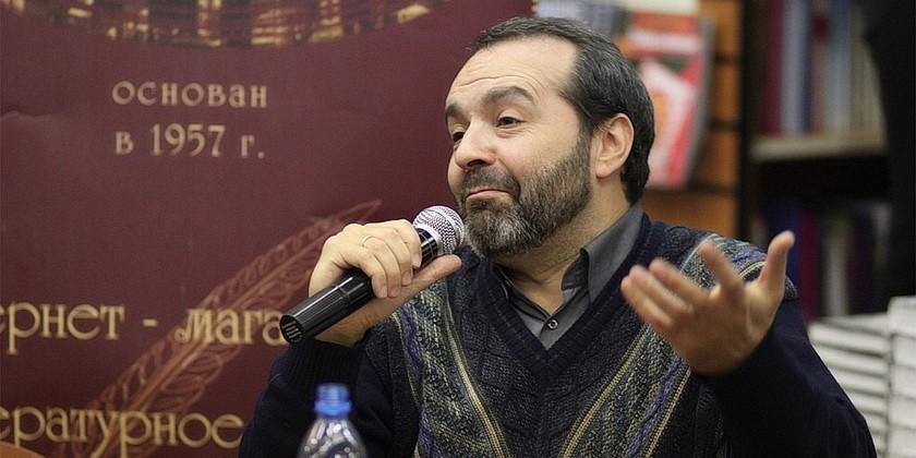 Victor_Shenderovich_Wikipedia_Dmitry_Rozhkov
