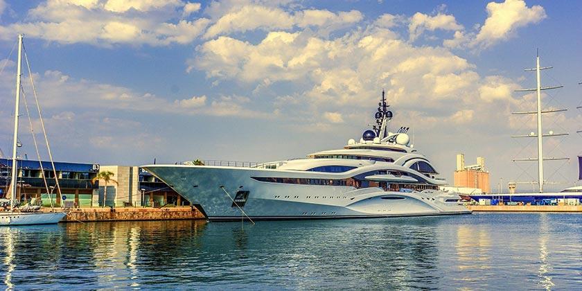 YAcht_boat_Rich_Pixabay