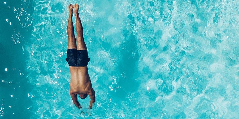 emilio-garcia-swiming-pool-unsplash