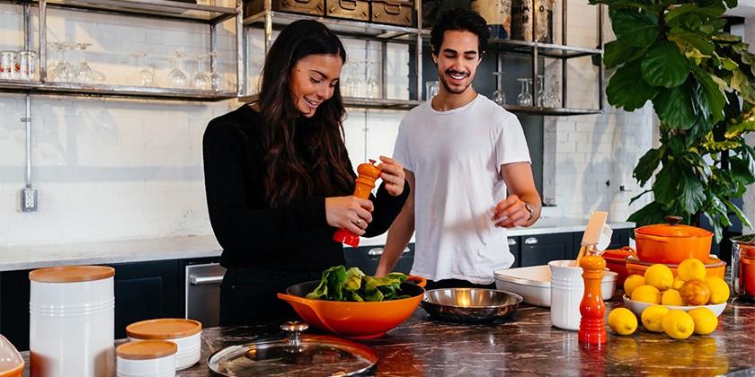 jason-briscoe-cooking-unsplash