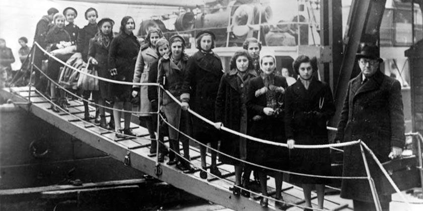 Bundesarchiv_Bild_183-S69279_London_Ankunft_jüdische_Flüchtlinge_Wikimedia_commons