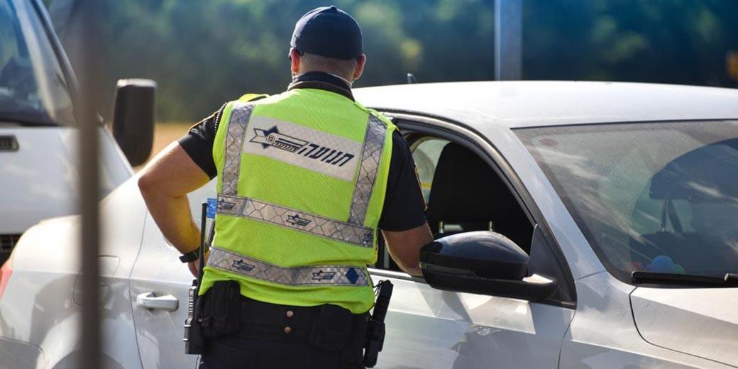 Police_corona_press-service