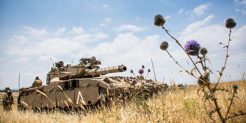 Tank_flower_army_press