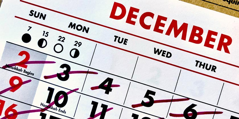 adam-tinworth-calendar-unsplash