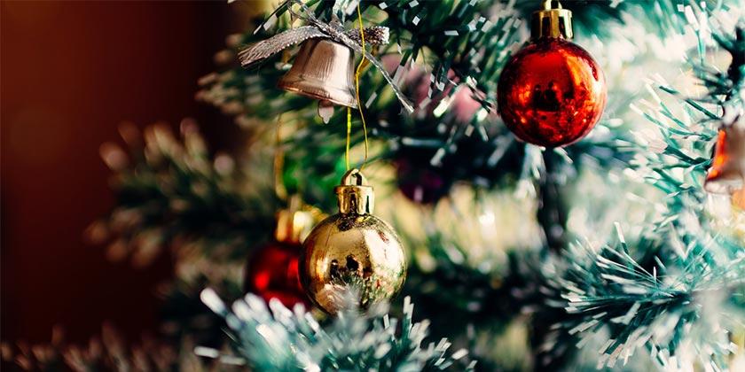 rodion-kutsaev-new-year-unsplash
