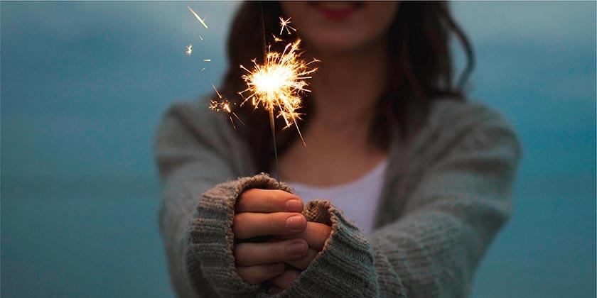 sparkler-pixabay