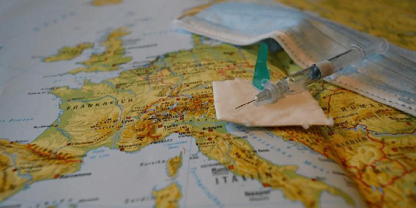 vaccine green passport Pixabay