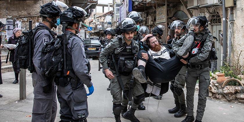 538555_Religious_Orthodox_Police_Corona_Ohad_Zwigenberg