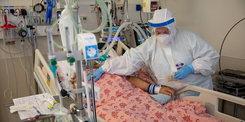 581559_Corona_Hospital_Emil_Salman