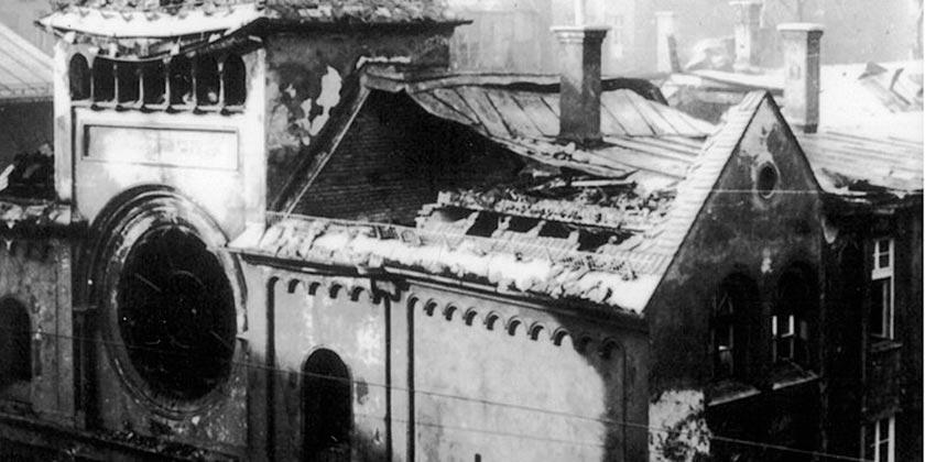 Destroyed_Ohel_Yaaqov_Synagogue