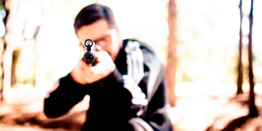 gun-boy-pixabay