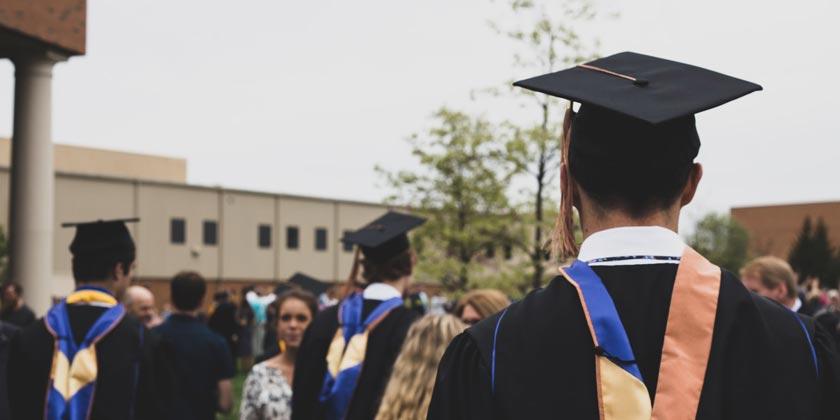 charles-deloye-graduation-unsplash