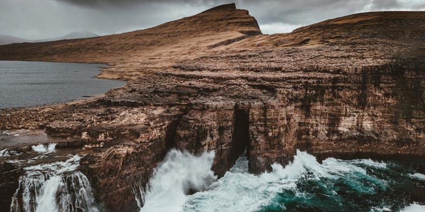 annie-spratt-galapagos islands-unsplash