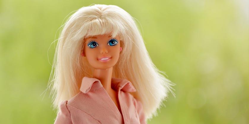 elena-mishlanova-barbie-unsplash