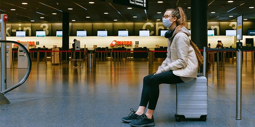 pexels-anna-shvets-airport