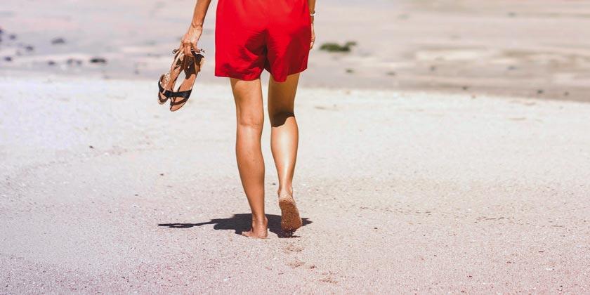 pexels-artem-beliaikin-beach