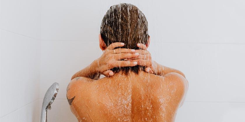 pexels-karolina-grabowska-shower