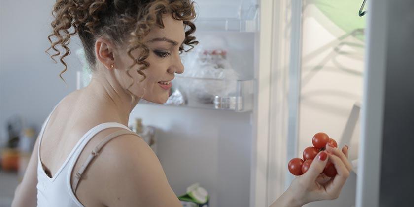 pexels-andrea-piacquadio-refrigerator