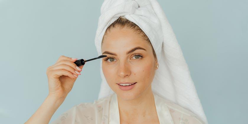 pexels-anthony-shkraba-skin-makeup