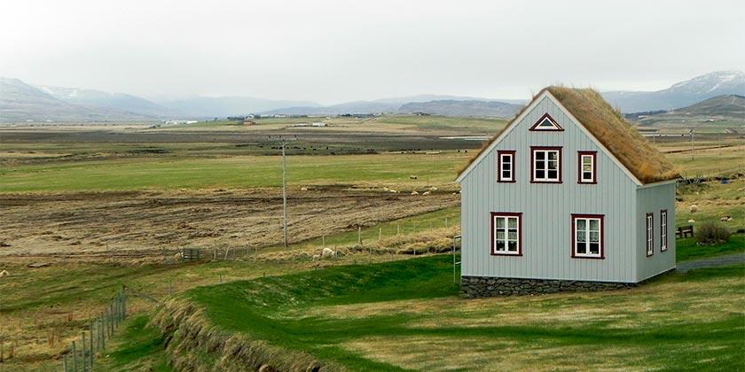 iceland-home-pixabay