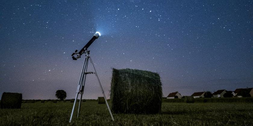 simon-delalande-telescope-unsplash